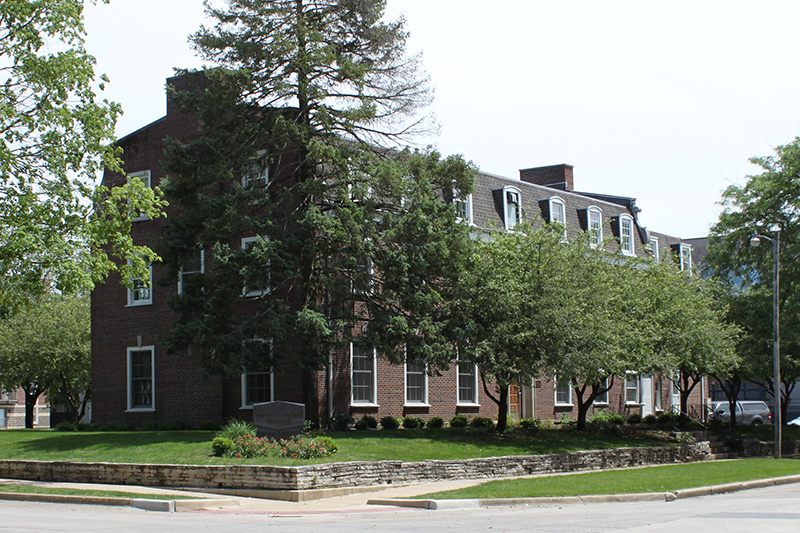 Phi Sigma Sigma Certifies Green